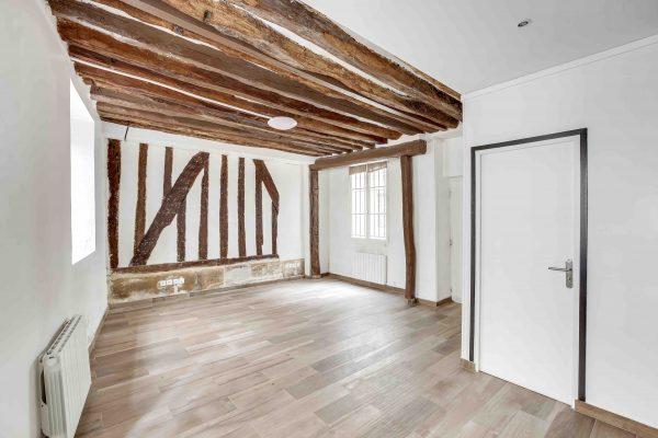 LA0286 - Appartement 85 - Paris 3